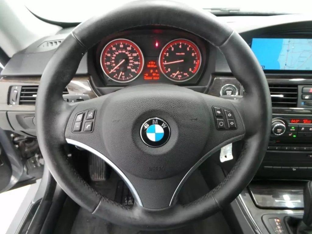 二手车收购台北 2013 BMW 328i xdrive,双门轿跑,自带bmw-Idrive系统
