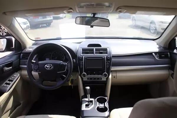 二手车折扣 2013 Toyota camry LE,里程:34xxx,价格1打头。