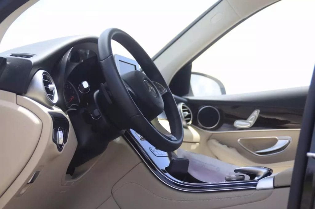 二手车vs 新车 2016 GLC300,黑色内米经典配色,新款真的帅的掉渣啊
