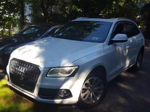 让二手车商闻风丧胆 2013 Audi Q5,高配氙气大灯版,全景天窗,无钥匙启动