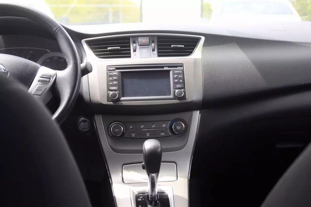 2014 Nissan Sentra SV FE(fuel economy),采用最新的节油 环保动力系统