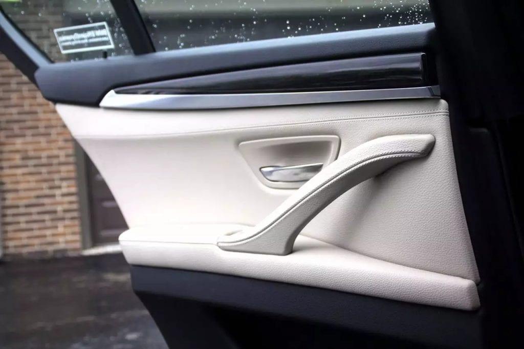 2012 BMW 528i Xdrive,高配,四驱。导航 倒影 雷达感应 电动尾箱 Hid氙气大灯 带给你最豪华的享受 车主非常爱车