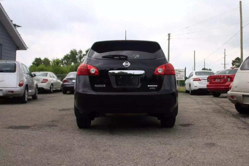 2013 Nissan Rogue AWD,里程:31k,suv性价比之王,价格1打头,有兴趣私聊。