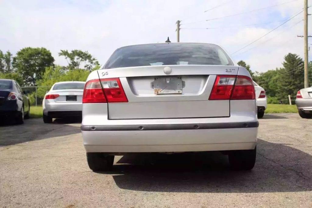 2005 Saab 9-5。电动座椅 皮座椅 刹车 机油 轮胎。里程:98k。