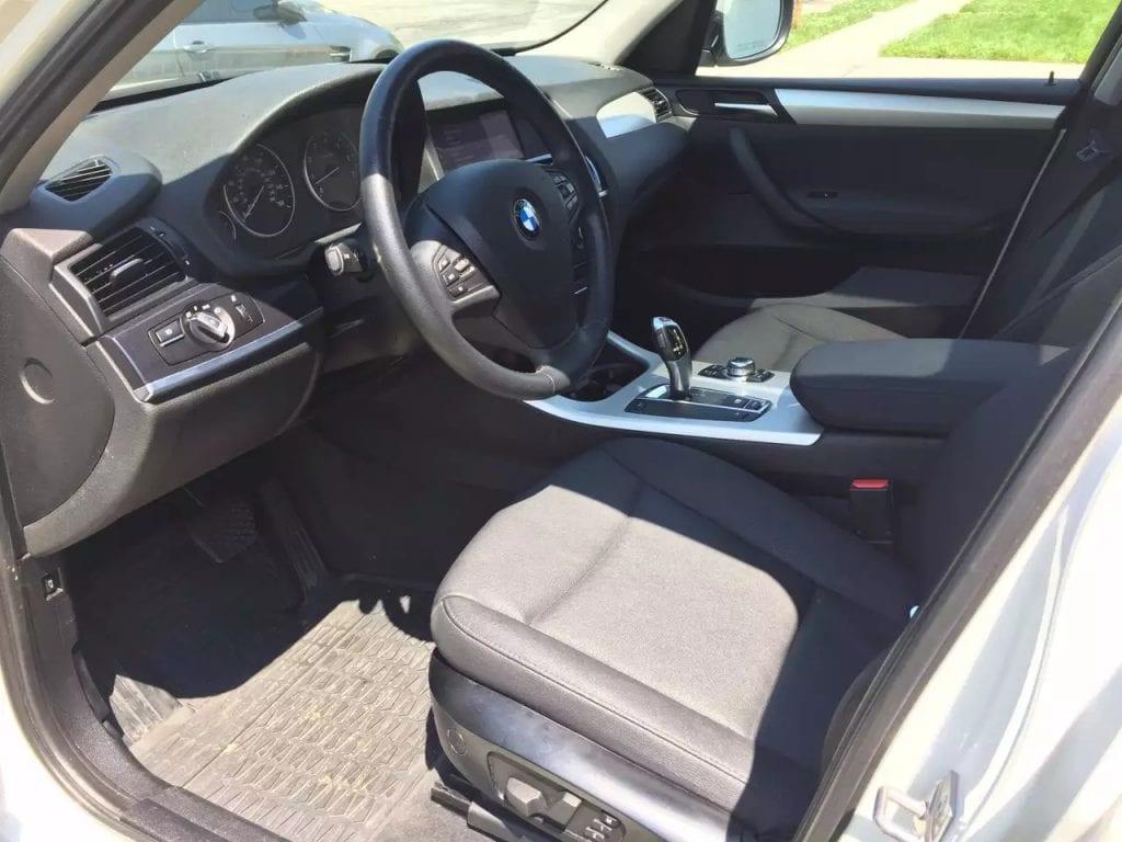 2012 BMW X3,Xdrive 里程:43kmiles 性价比最高的SUV之一,四轮驱动,车载导航,全景天窗