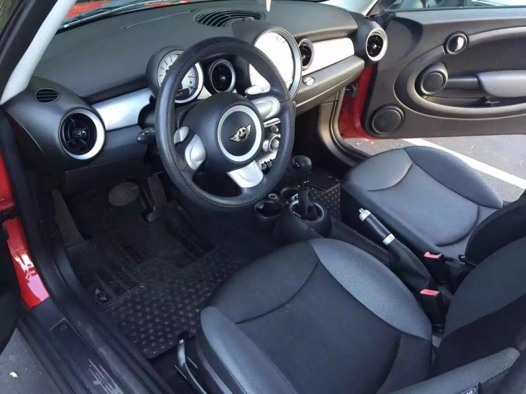 2008 Mini Cooper,里程:97k,中高配,车况有保障,三个月3000miles保修,价格8xxx。