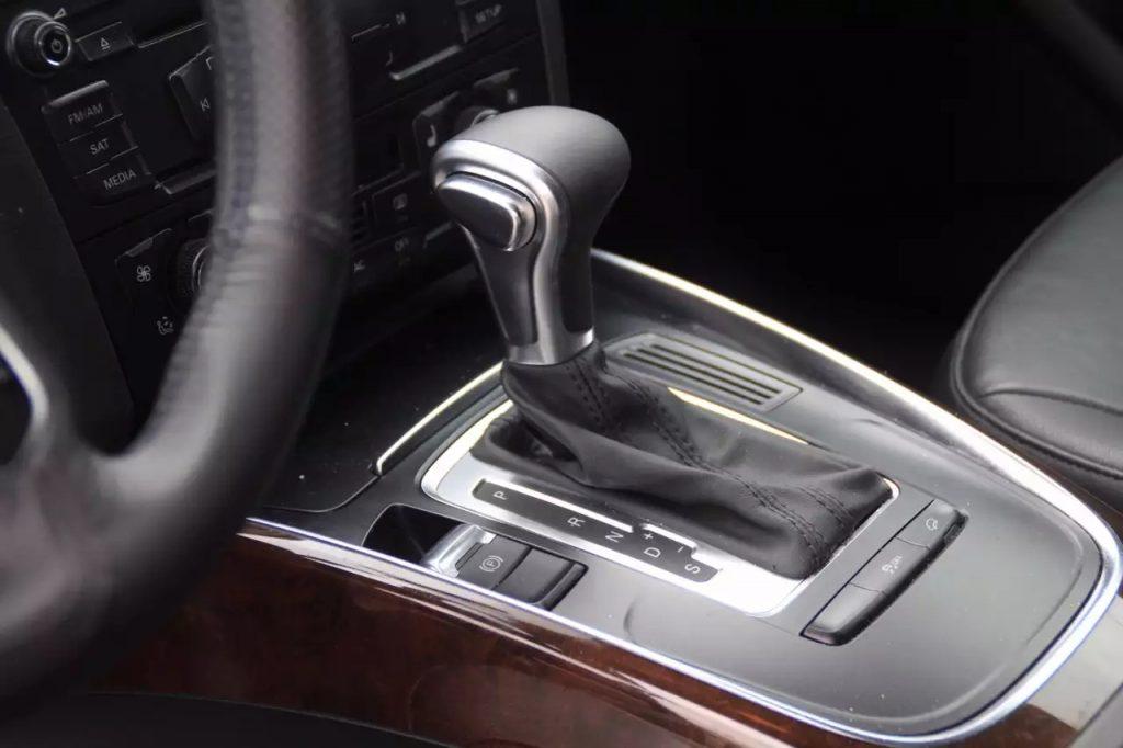 2011 Audi Q5 Quattro, 城市四驱SUV,居家旅行必备,本车车况非常给力,刚换刹车/机油。