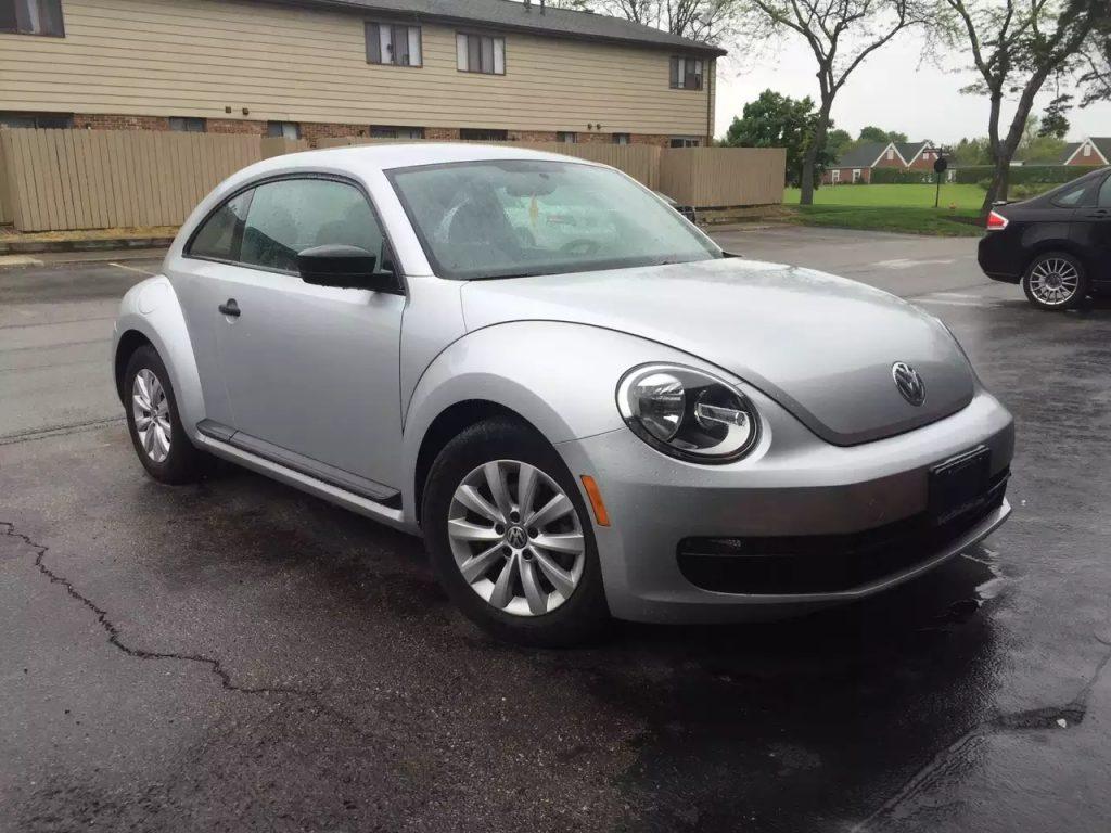 2013 大众 Beetle,里程:41k,免费赠送升级中控大礼包,价格1w出头。