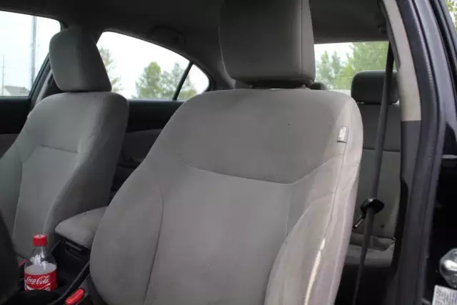2013 Honda civic,保养记录,本田的发动机经久不衰。里程:55k,价格:1打头。