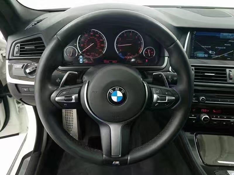 美国买车要带什么 2014宝马528i xDrive M-Sport,迈数39k。