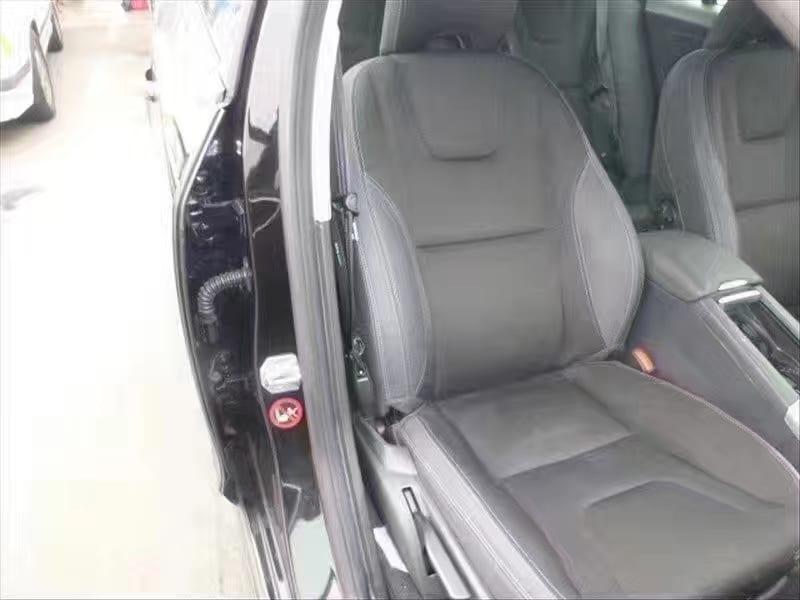二手车市场 2014沃尔沃S60 T5,2w预算内最安全的小型车没有之一