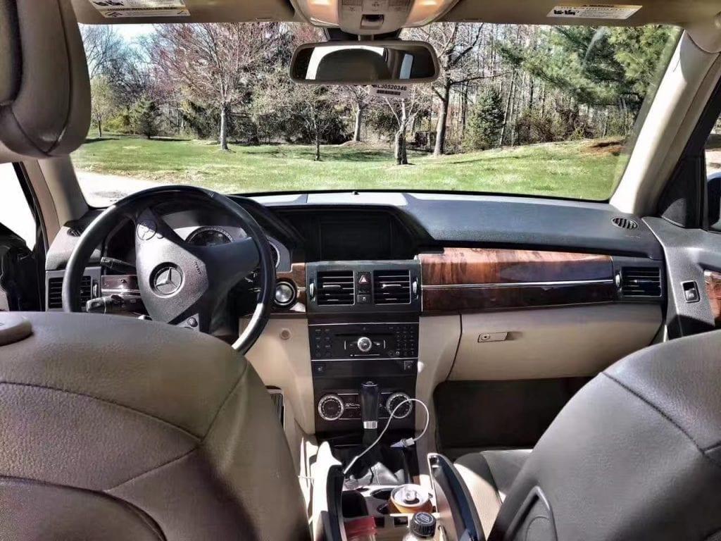 买车配备 2012 GLK350 4matic,四轮驱动,体积不大不小