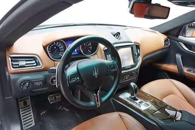 买车如何砍价 2014 Maserati Ghibli,里程32k,高配大轮毂