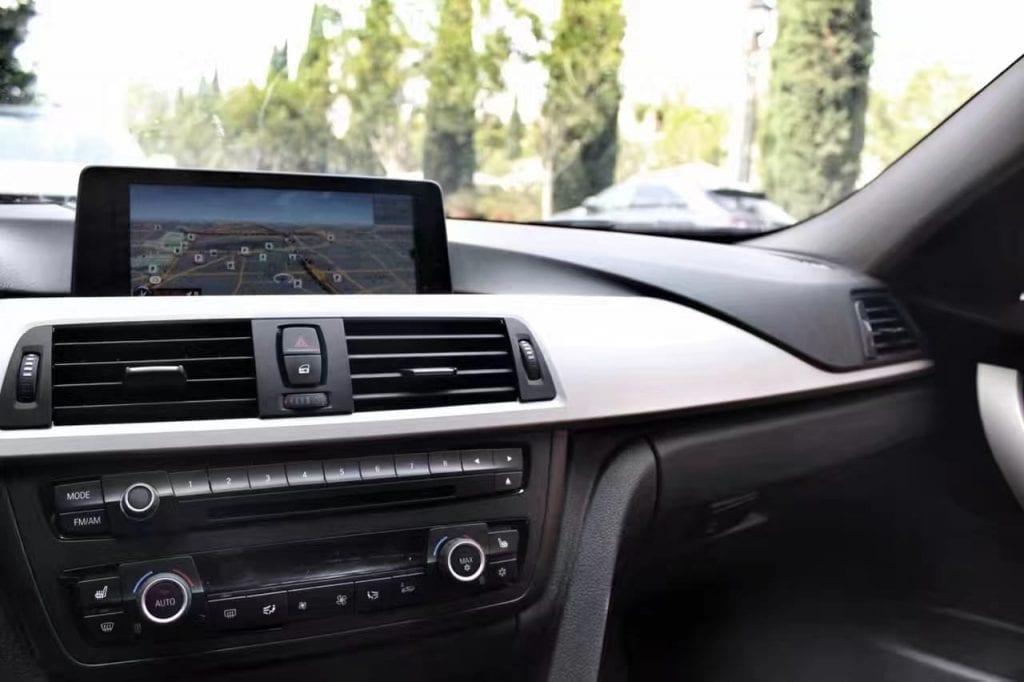 买车攻略 美国 2012 BMW328I,里程仅32。导航 倒车 行车记录仪