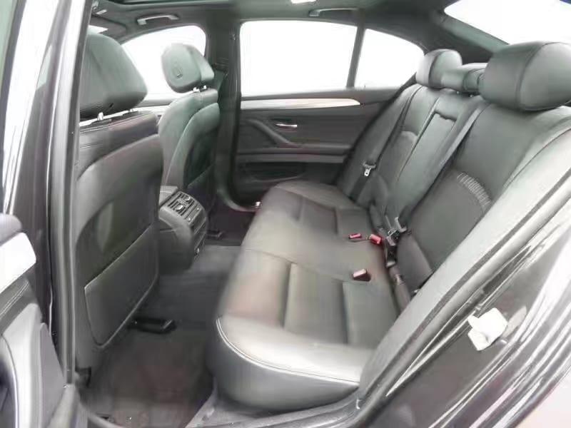 买车 年份 2014宝马535i xdrive msport,300多匹马力