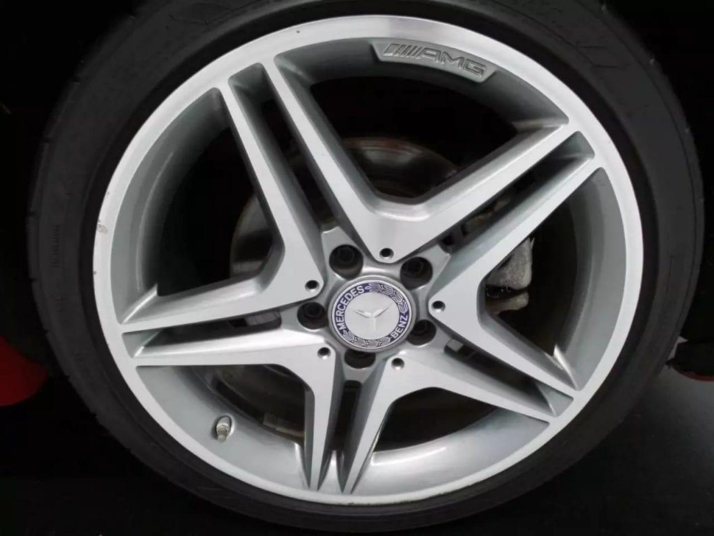 美国二手车上牌 2014 CLA250 amg版,里程29k,非常炫的颜色