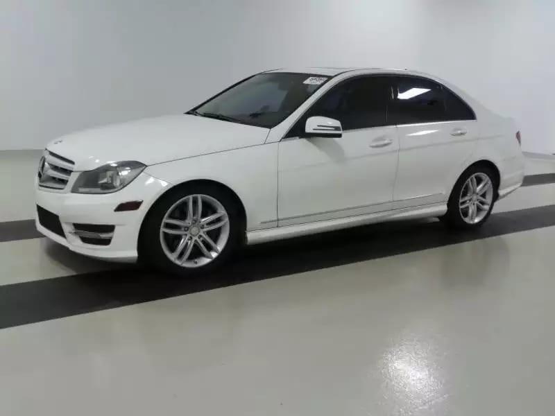 美国买车税多少 2013 Mercedes C300 4matic Mileage:42,775 Eng: 3.5L V6