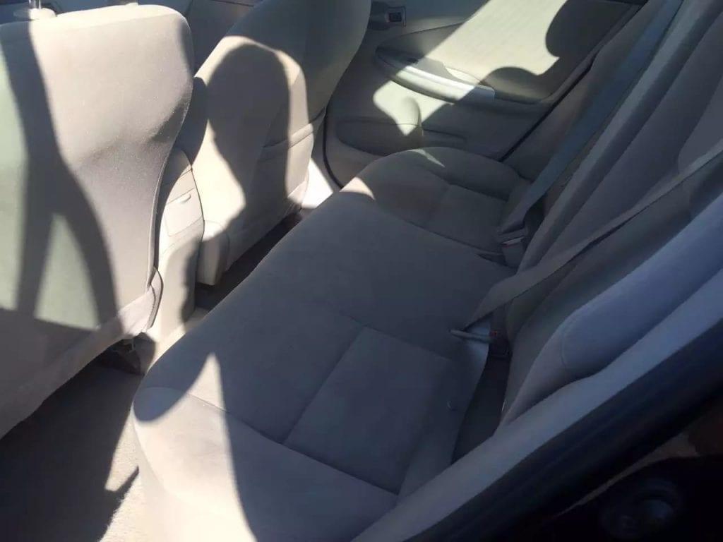 美国二手车网址 2013 toyota corolla,内饰干净,有屏幕。里程5w3。