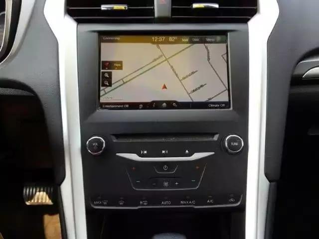 美国二手车要交税吗 2013 Ford Fusion,里程仅仅:62k,大屏幕带导航