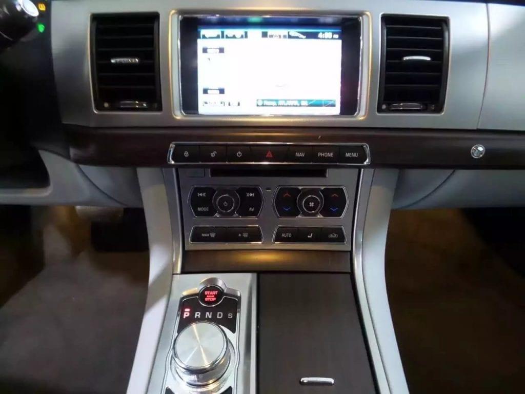 买车 5万 2013捷豹XF,迈数仅仅2w!导航天窗倒影座椅加热 蓝牙aux