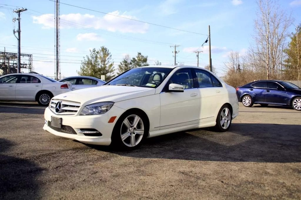 二手车奇摩 2011 Mercedes C300 4matic,里程:45k 一个50红包献上