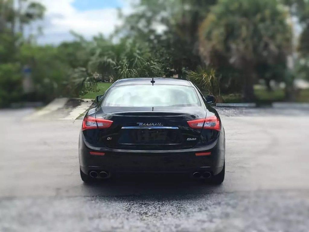 二手车验车 2014 Maserati SQ4,低调又大气的配置,红色金属卡钳,运动轮毂