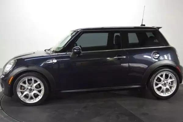 二手车拍卖网 2009 Mini Cooper S 里程:65k,配置:导航