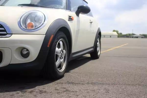 mini cooper s二手车 2011 Mini cooper,身材窈窕排量不大,配置齐全