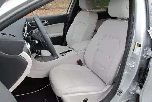 选二手车 2015 Mercedes GLA250 4MATIC,四轮驱动。倒车影像,蓝牙通话