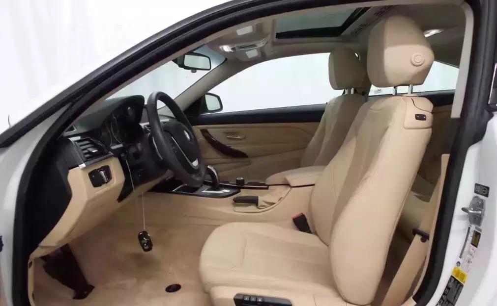 2014宝马428i xDrive!四驱地盘夏天冬天都给你稳定驾驶感受