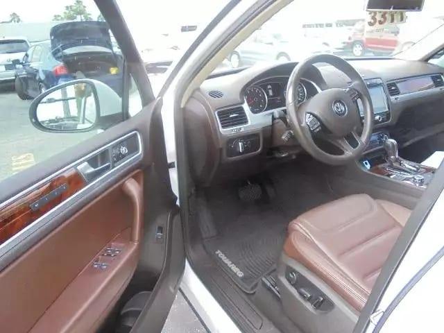 2012 大众Touareg,途锐,luxury。里程:45k。顶级配置,全景天窗,导航倒影
