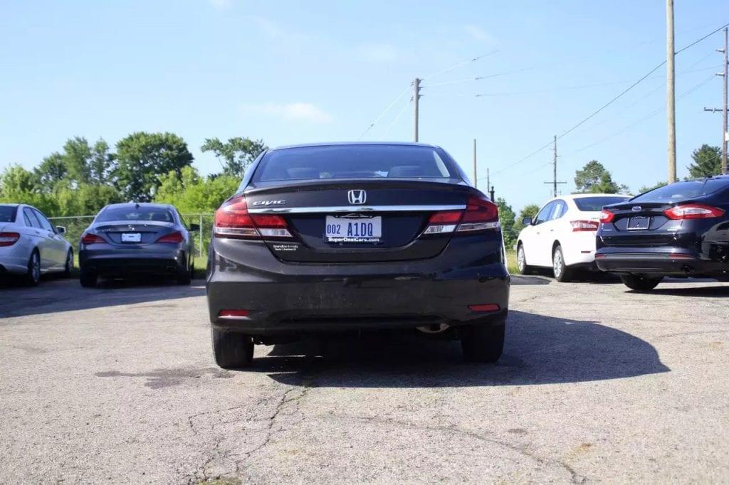 2013 Honda civic,配置:蓝牙,倒影,aux。里程:60k,刹车 机油 轮胎 188项车检 做优质的代步车!