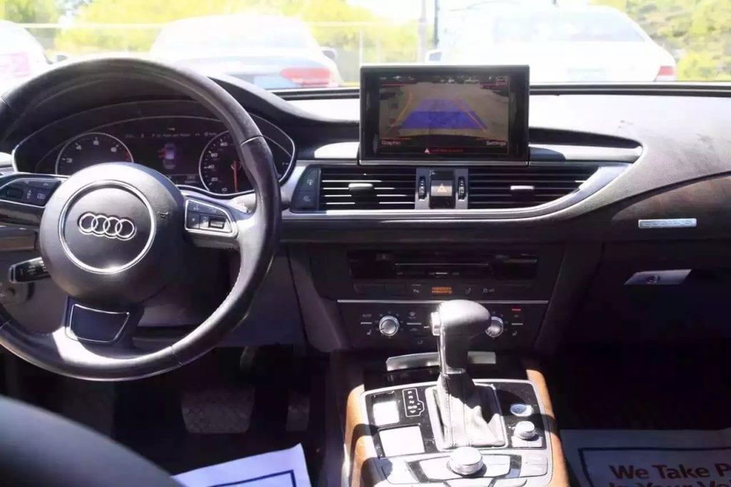 2012 Audi A7,里程:4w,最后底价38xxx,出一次,没人要直接给dealer,不讲价