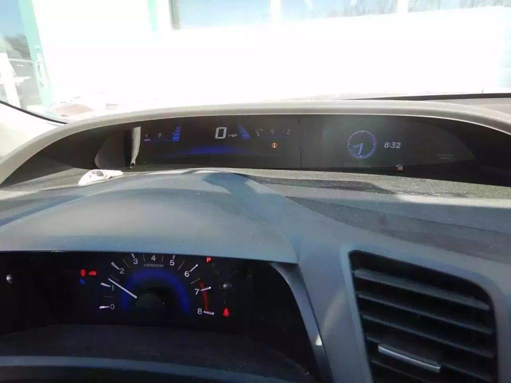 北美神车honda civic 错过了上一辆的小伙伴可以来看看这辆。年份:12,里程:36k。aux,蓝牙,定速巡航。明盘价:11,XXX。