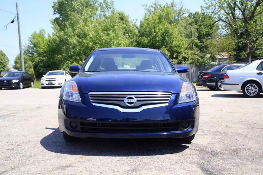 2008 Nissan Altima,日系神车,里程:84k,价格:8xxx。配置:无钥匙启动,按键点火,新轮胎