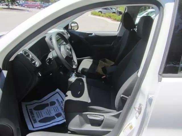 预售2012 大众Tiguan 4motion,四驱,大屏幕,基本配置都有。里程:64k,价格:14xxx,现在预订免运费。