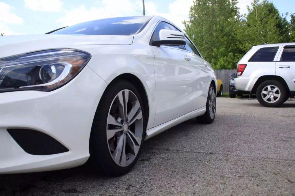 2014 Mercedes CLA250,里程:27k。内饰干净,车况良好,欢迎看车验车。