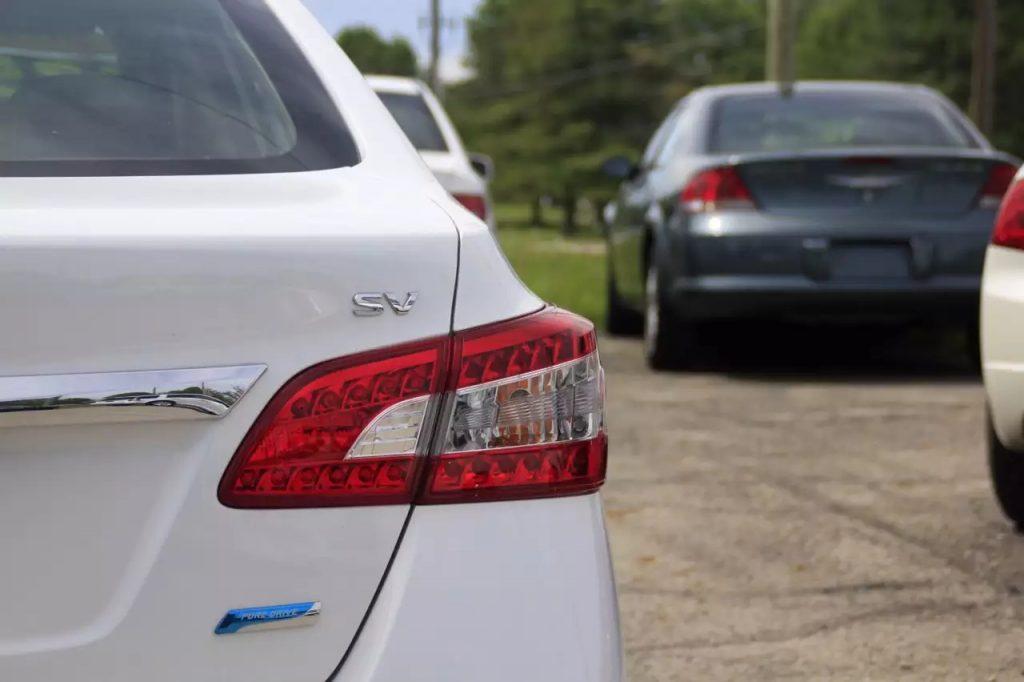 我却觉得刚刚好2014 Nissan Sentra,日系三代经济实用车型之一。价格1打头!